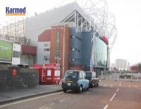 Киоскалар Ұлыбритания Манчестерде Ескі Траффордта және Жаңа стадиона